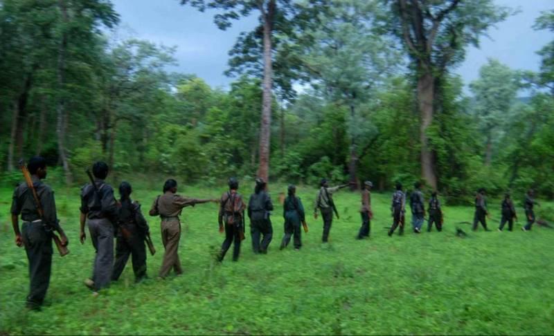 mustafa-quraishi_maoists-07