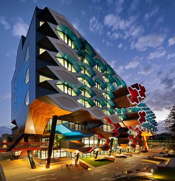 creative-architecture-289