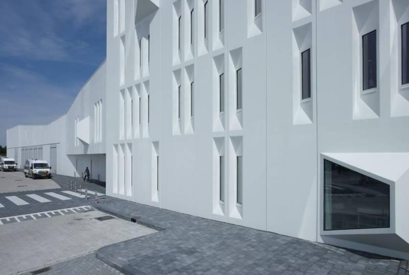 creative-architecture-421