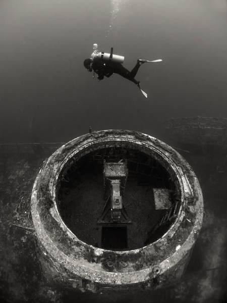 wrecked-underwater-08