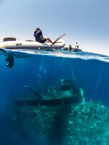 wrecked-underwater-20