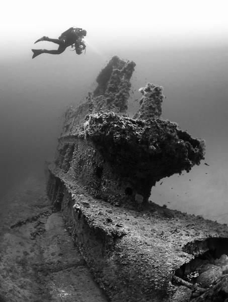 wrecked-underwater-22