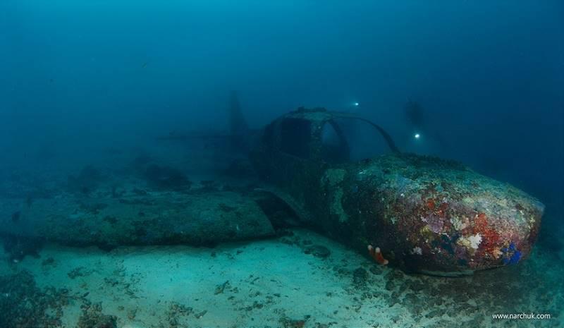 wrecked-underwater-26