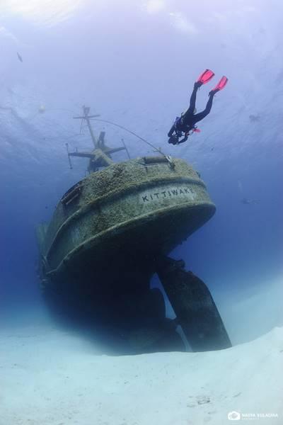 wrecked-underwater-28