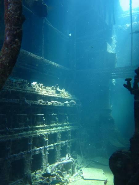 wrecked-underwater-38