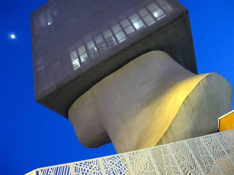 creative-architecture-476