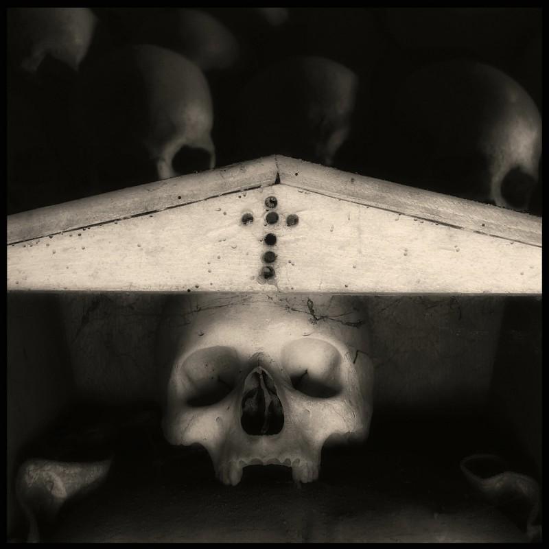 augusto-de-luca_memento-mori-07